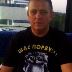 Парень встретится с девушкой для взаимного приятного отдыха в Севастополе
