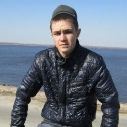 Ищу девушку для периодических интим встреч в Севастополе